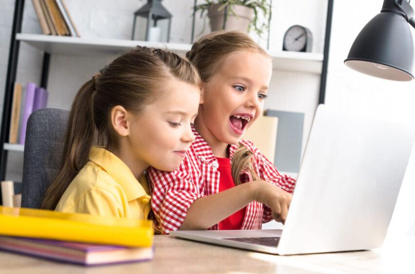 Путин поручил изучить тему развития онлайн-образования и идею «родительских университетов»