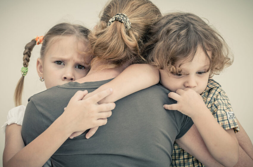 Скрывать или нет? Надо ли прятать негативные эмоции от детей