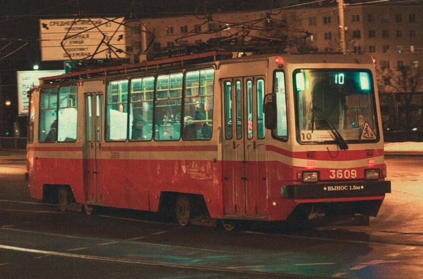 В России запретили высаживать детей без билетов из транспорта